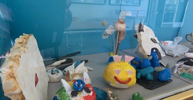 Happy Crash 1-0-1: Fensterausstellung der Klasse 3a